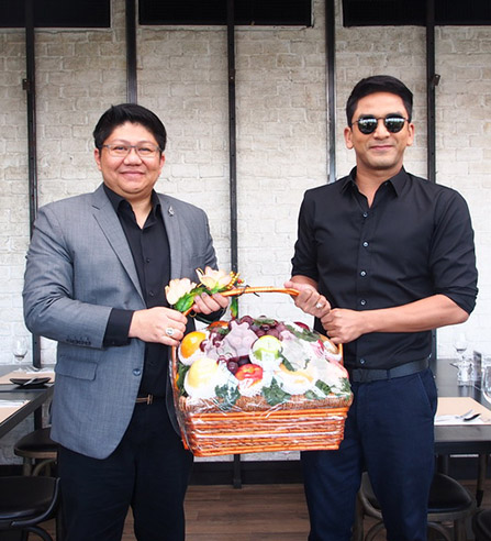 (Thai) ป๋อพบบอสไอยรา